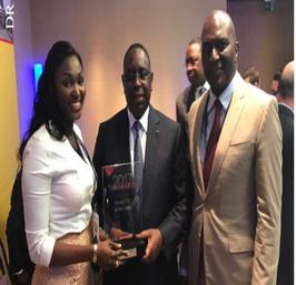 Anta Babacar Ngom Bathily 32 ans, Prix du plus jeune chef d'entreprise 2017 décerné par l'Africa CEO Forum