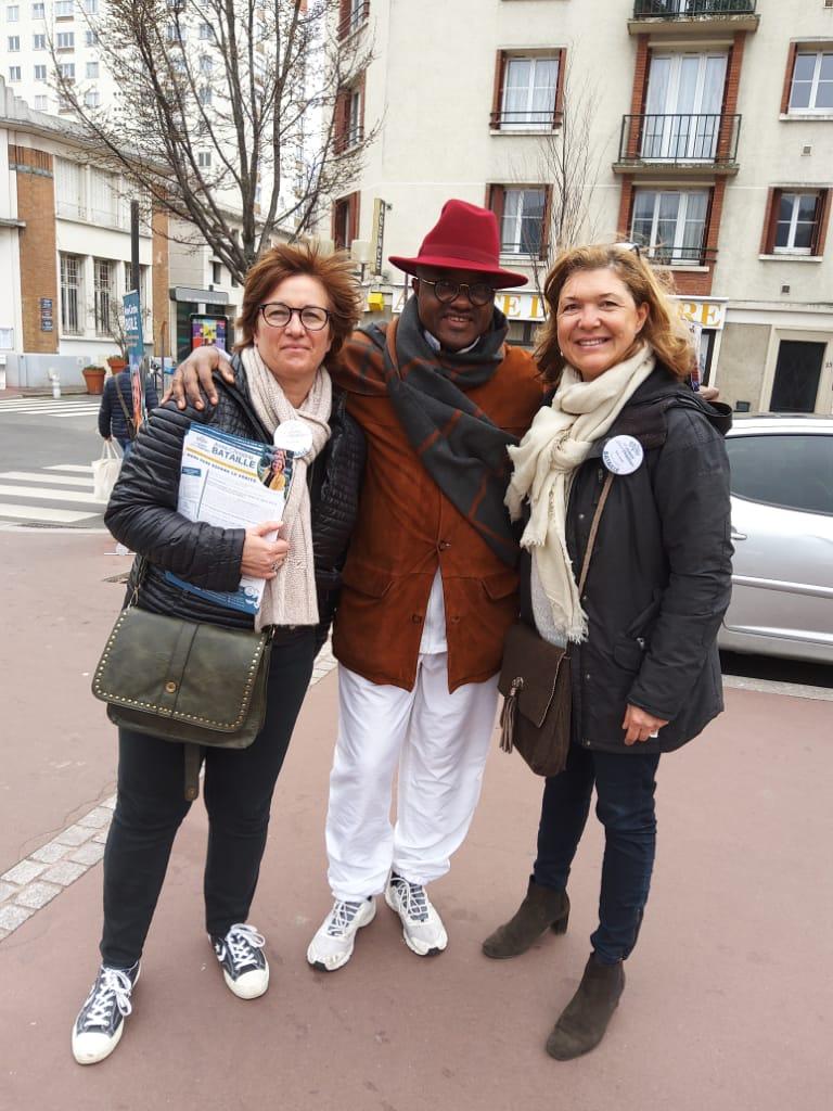En pleine campagne ce Dimanche 23 février pour les municipales ce matin dans ma commune comme conseiller aux côtés de Madame Bataille et sa collistière. La bataille est rude et passionnante.