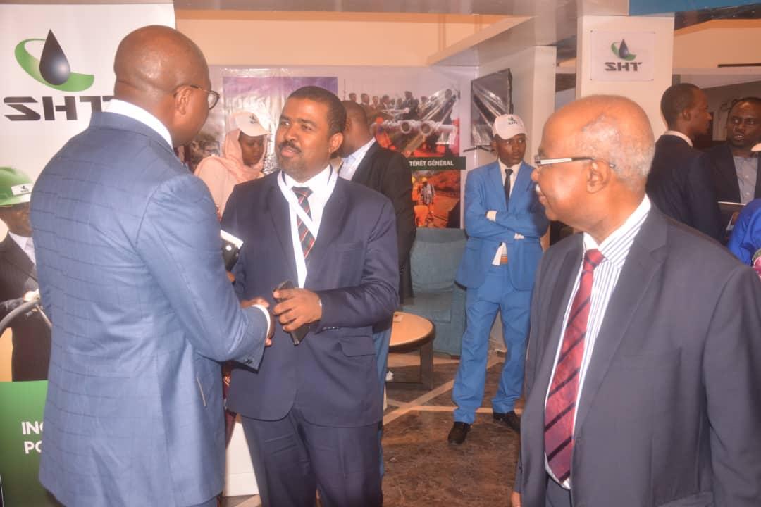 Avec le Ministre d'état, Secrétaire Général Adjoint à la Présidence de la République du Tchad, M.Hissein Brahim Taha,lors du 1er Forum international Monde Arabe-Tchad